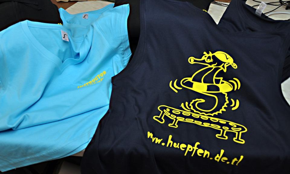T-Shirt, Pullover, Shirt, Sweatshirt, Hoodie, Jacke, Jacket, Print, beschriften, bedrucken